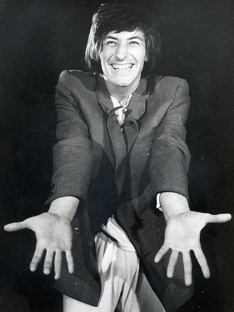 KLAUN. V 80. letech Polívka režíroval svoje pantomimy a klauniády, mezi nimi i hru Strašidýlka (na snímku, rok 1973)