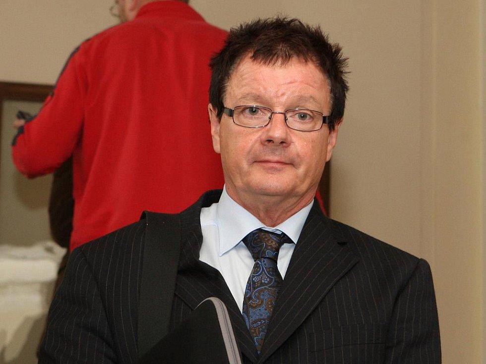 Aleš Kvapil u krajského soudu v Brně.