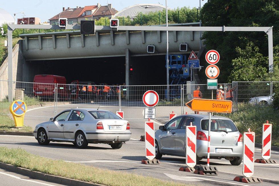 Dopravní situace v důsledku uzavření Husovických tunelů.