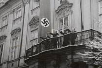 V budově dnešního Místodržitelského paláce na Moravském náměstí sídlila od roku 1939 Úřadovna říšského protektora, která dohlížela na poněmčování města a potlačování českého veřejného života.