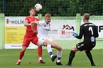 29.8.2020 - domácí SK Líšeň v bílém (Adam Tkadlec) proti FK Blansko