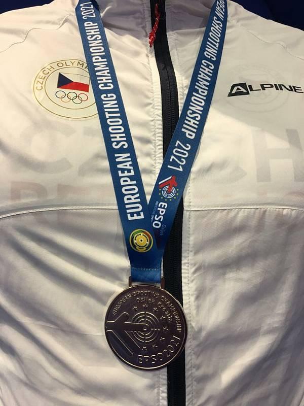 Brokový střelec Jiří Lipták vybojoval na evropském šampionátu stříbro v trapu.