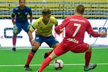 Bezchybný výkon zajistil české reprezentaci do 21 let v malém fotbale postup do čtvrtfinále mistrovství světa po dvou utkáních utkáních základní skupiny B. Čeští mladíci se čtyřmi Jihomoravany v sestavě zdolali silnou Kolumbii 5:0.