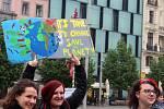 Studenti stávkovali v pátek na brněnském náměstí Svobody za lepší klima.