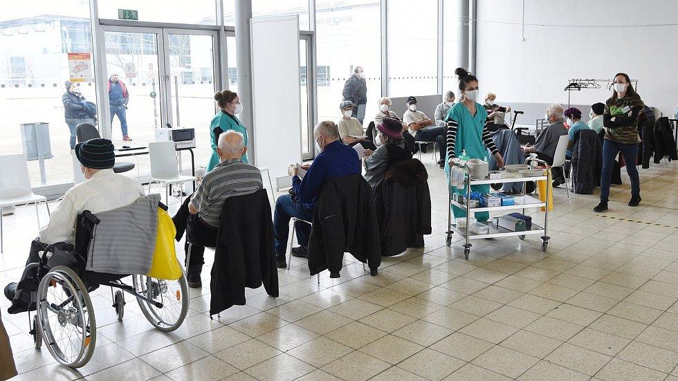 V prostorách bývalé restaurace Bohéma pod Janáčkovým divadlem vznikne očkovací centrum, podobně jako je v BVV.