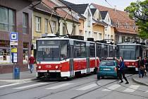 Doprava v brněnských ulicích Táborská a Životského.