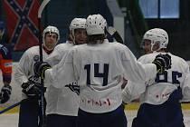 Hokejisté rezervy Komety si v přípravě dvakrát poradili s Hodonínem.