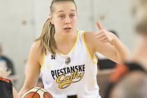 Basketbalistka Nikola Dudášová.