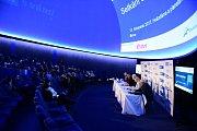 Panelová diskuze na brněnské hvězdárně.
