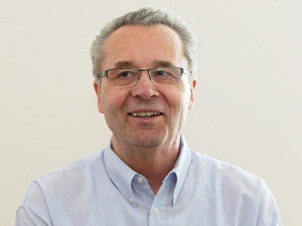Bývalý basketbalista Vladimír Pištělák.