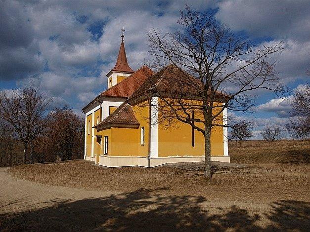 Poutní kostel Panny Marie Sedmibolestné.