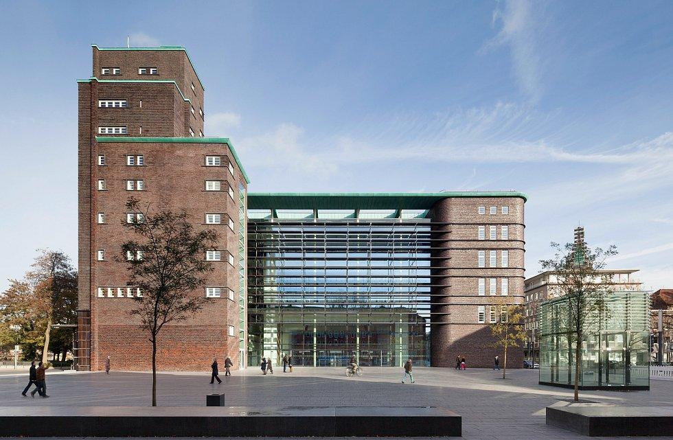 New Hans-Sachs-Haus, Gelsenkirchen, Německo.