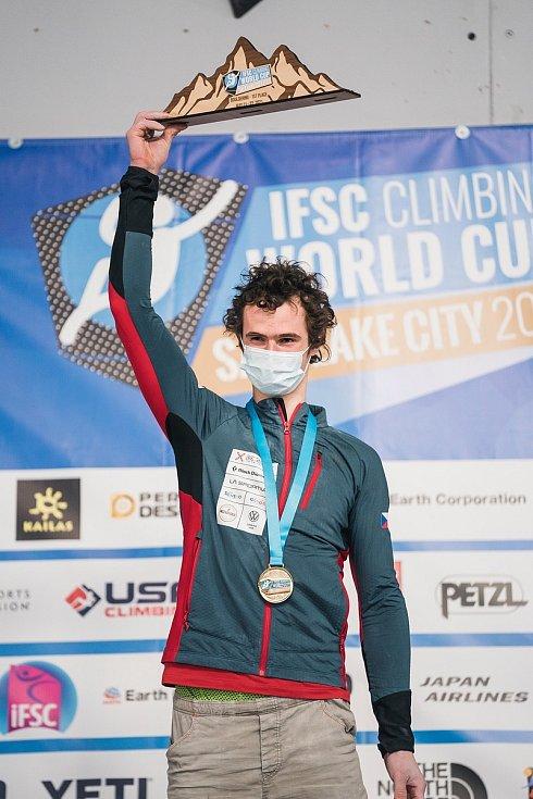 Adam Ondra ovládl podruhé Světový pohár a ze Salt Lake City si odváží zlato