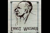 Pamětní deska Ernsta Wiesnera v Brně.
