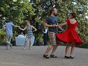Swingová tančírna v brněnské vile Tugendhat.