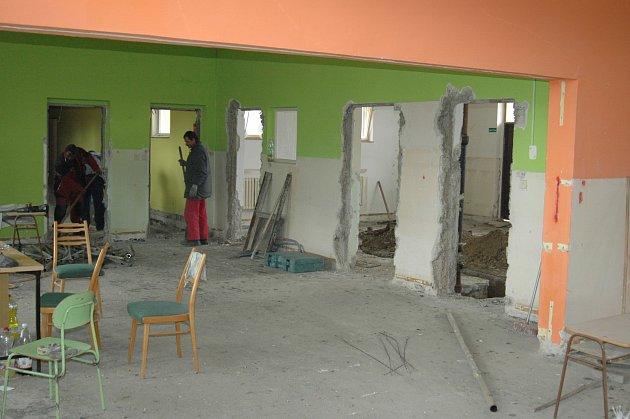 Přestavba bývalé školky vMiloticích na sociální byty