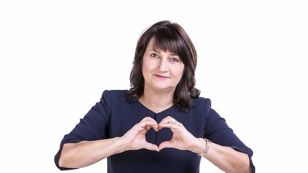 5c8d8f29877f Europoslankyně Michaela Šojdrová odpovídala ON-LINE