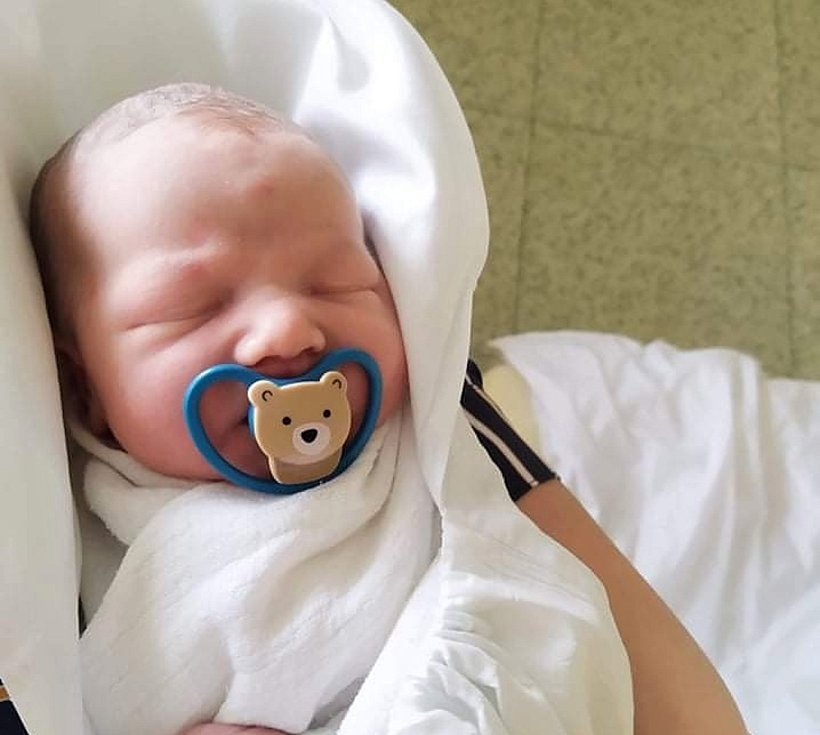 Samuel Fiala, 23. 2. 2021, Borotice, Nemocnice Znojmo, 3310 g, 49 cm