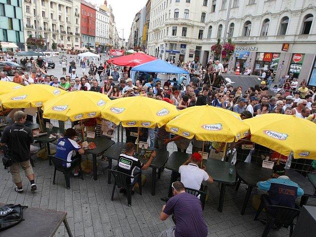 Fanoušci na náměstí Svobody.
