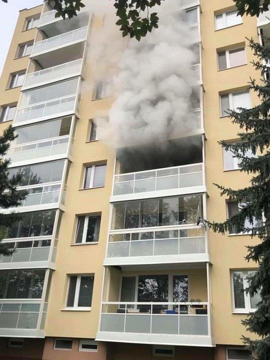 Srpnový požár bytu v brněnských Bohunicích.