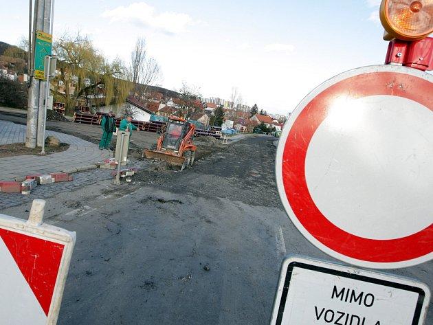 Stavební práce v brněnských Bosonohách.