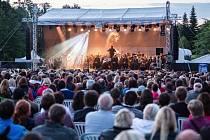 Melodie z nejslavnější rockové opery všech dob Jesus Christ Superstar v anglickém originále a velkém orchestrálním aranžmá představí v sobotu pod širým nebem herci Městského divadla Brno.