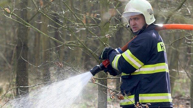 Požár u Oslavan na Brněnsku