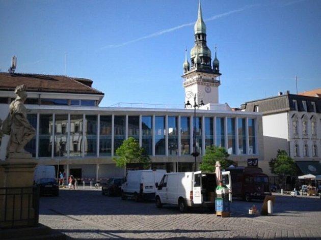 Krytá tržnice na brněnském Zelném trhu.