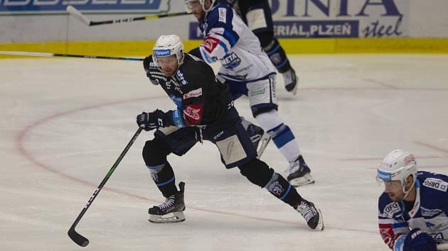 Hokejisté Komety si naposledy v základní části zahráli s Plzní.