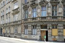 V Brně patří do takzvaného Bronxu hlavně Bratislavská a Francouzská ulice. Brno se snaží tuto oblast zlepšit opravami vybydlených domů, na kterou získalo evropské dotace.