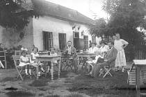 Hostinec na Kraví hoře byl oblíbeným cílem rodinných výletů.