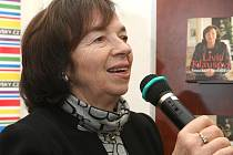 Livia Klausová na autogramiádě v brněnském knihkupectví Dobrovského.
