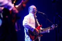 Petr Janda oslavil sedmdesáté narozeniny a jeho kapela Olympic padesáté výročí od vzniku.