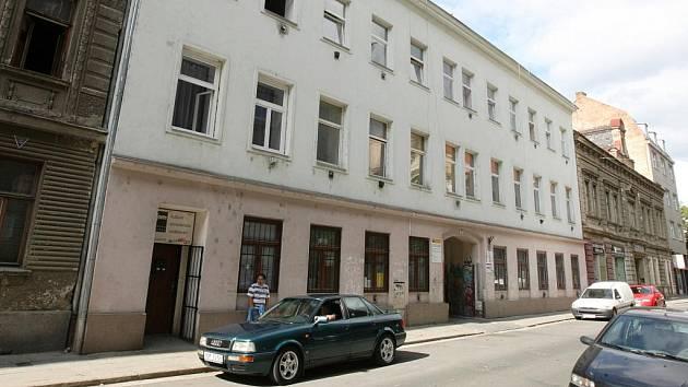 V Brně patří do takzvaného Bronxu hlavně Bratislavská a Francouzská ulice.