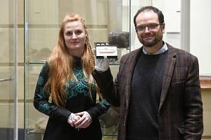 Vedoucí týmu archeologů, který objev učinil, profesor Jiří Macháček (vpravo) z Ústavu archeologie a muzeologie Masarykovy univerzity.