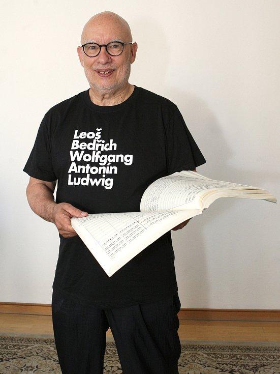 Rozhovor na konci týdne s uměleckým ředitelem a šéfdirigentem Filharmonie Brno Dennisem Russellem Daviesem.