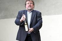 Brněnský sommeliér a pořadatel prestižní soutěže TOP 77 vín České republiky Dan Mádr.