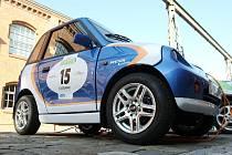 Téměř tři tisíce kilometrů už mají za sebou účastníci závodu elektromobilů Wave 2011. Ti vyrazili 11.9. z Paříže a v sobotu dopoledne se zastavili také v Brně.