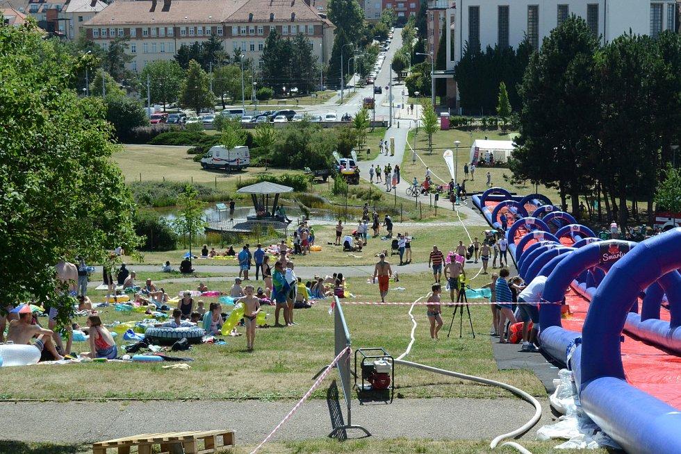 Megaskluzavka Slide Czech na brněnské Kraví hoře.