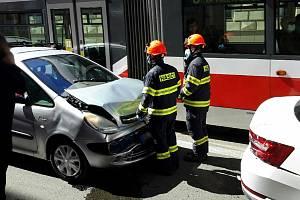 Loňská dubnová řetězová nehoda v Husitské ulici v Brně