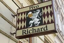 Pivo je U Richarda báječné. Menu ale nezaujme.