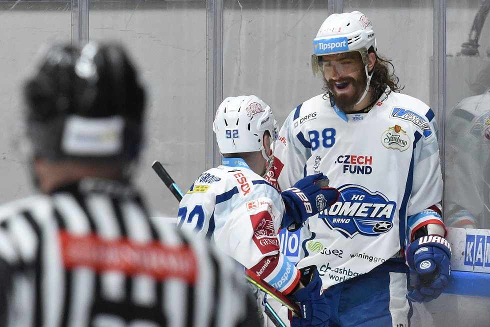 Brno 1.3.2020 - domácí HC Kometa Brno (Peter Mueller) proti Rytířům Kladno (modrá)