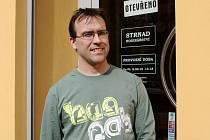 Hodinář Pavel Strnad.