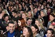 Společnou choreografii tančilo na brněnském výstavišti dohromady 2052 lidí.