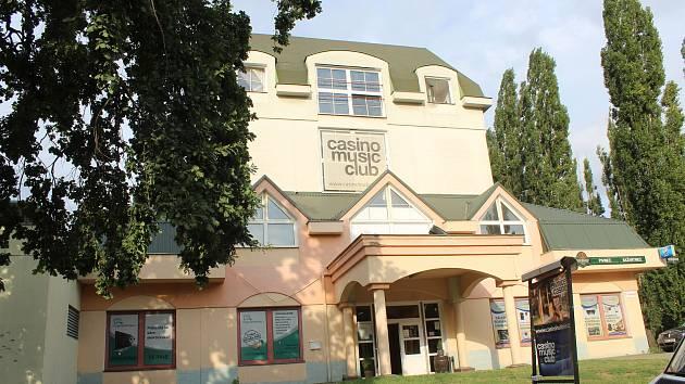 Casino v hodonínské místní části Bažantnice.