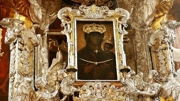 Černá Madona, Perla Moravy, Ochránkyně Brna nebo Drahokam. Tyto a mnohé další přezdívky si od věřících za sedm století vysloužil obraz Panny Marie Svatotomské.