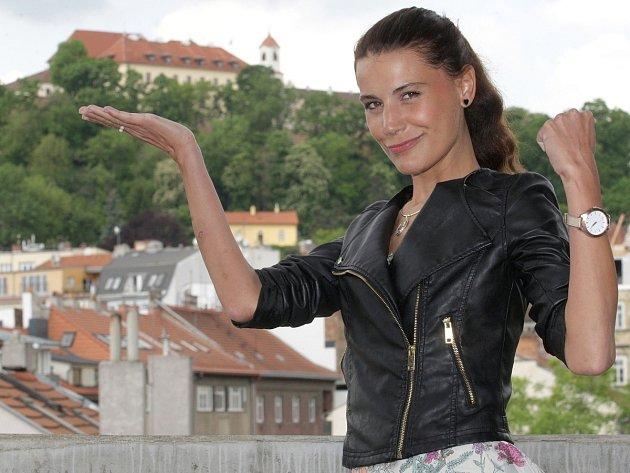 Letošní premiérou bude komedie Večer tříkrálový. Roli Violy v ní ztvární Monika Timková.