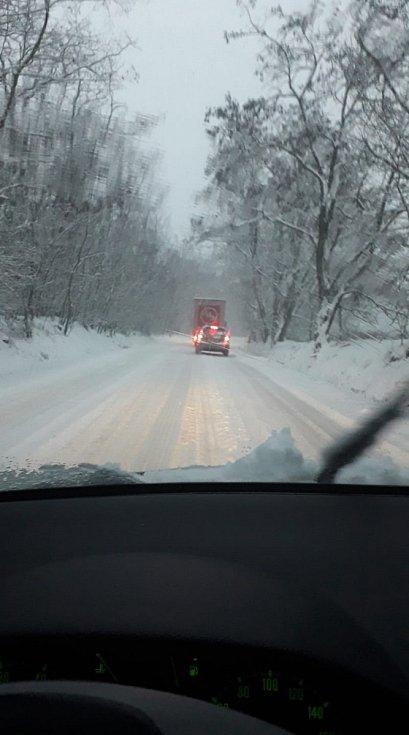 Jižní Moravu zasypal sníh.
