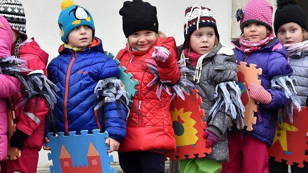 Špilberk oživily Hravé Vánoce. Děti navštívil i kreslený Chuchel
