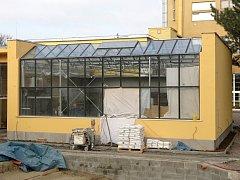 Přestavba přírodovědecké stanice Kamenačky v brněnských Židenicích se blíží ke konci. Návštěvníky čeká nový skleník nebo terária s krokodýly.